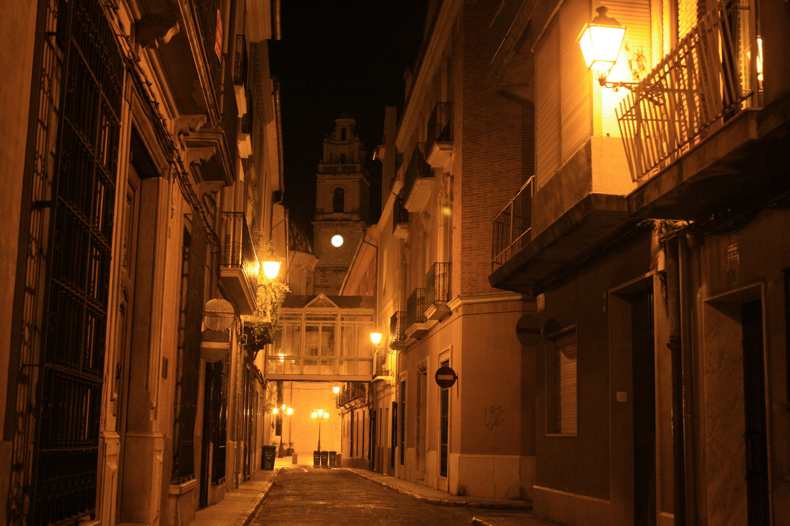 Carcaixent by night
