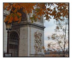 caro saluto da Parigi.....