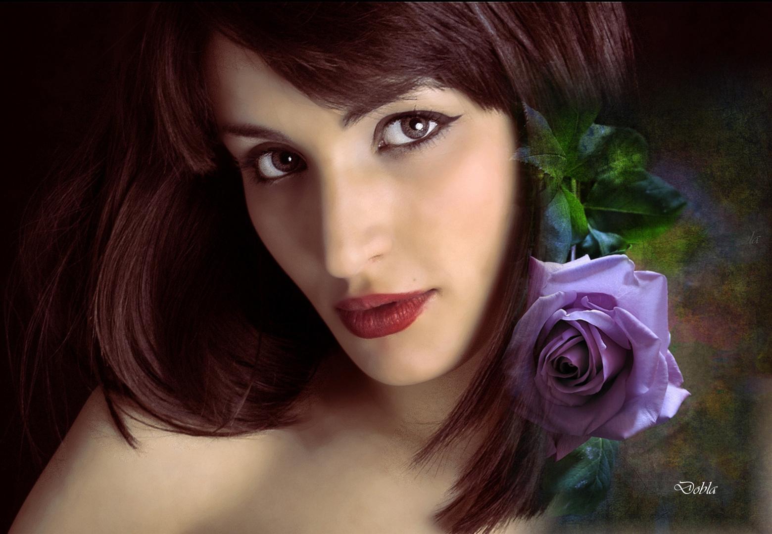 Carol 01 con flor de pierre1