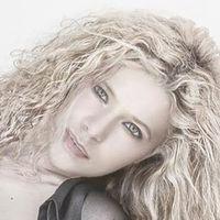 Carol Bluee
