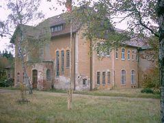 Carolagrün, Behidertenwohnheim - nach der Wende geschlossen