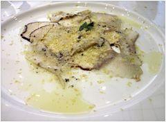 Carpaccio von Pilzen und Hummer