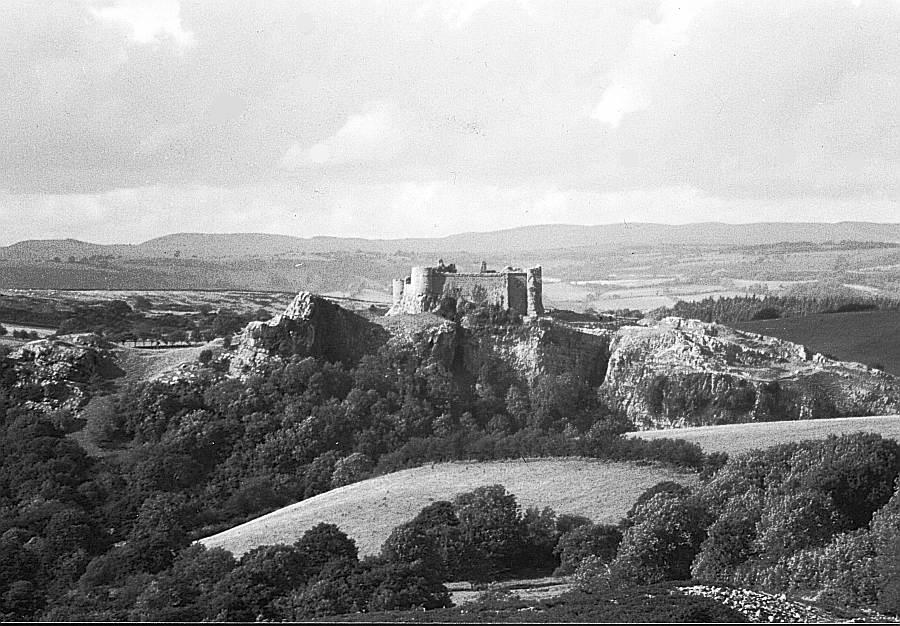 Carreg Cennen Castle in Wales im Beacons National Park