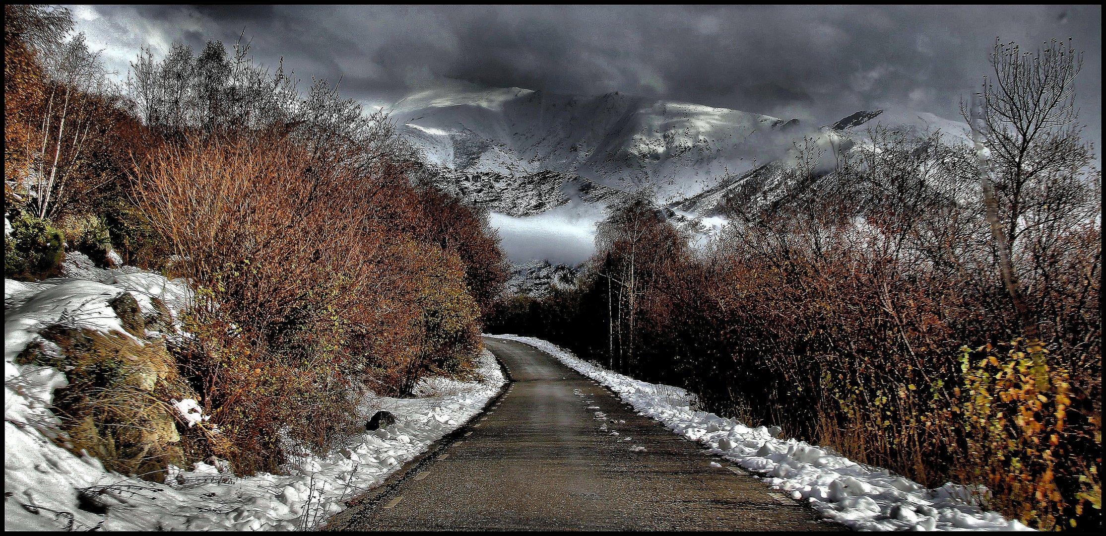Carretera otoñal