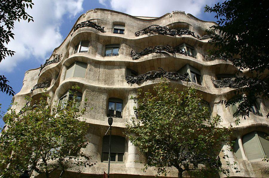 Casa Mila II