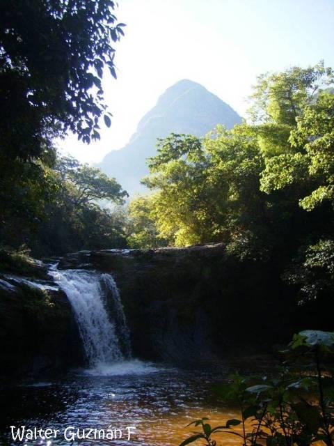 Cascada en Parque Nacional Amboró