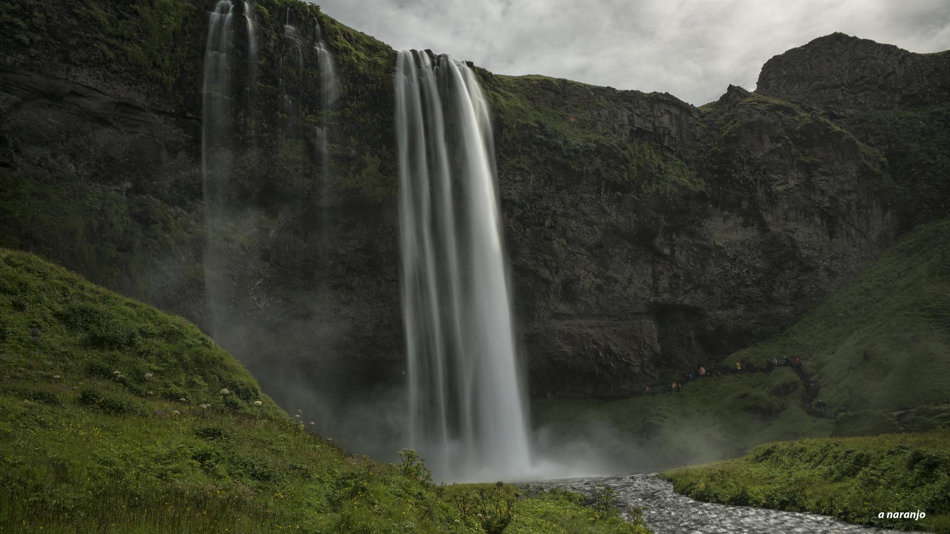 CASCADA SELJALANDFOSS ISLANDIA