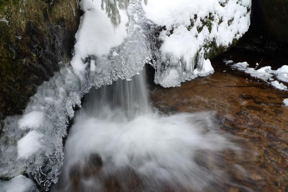 cascade hivernale2