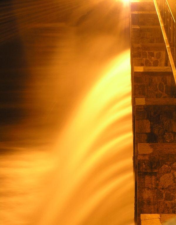 cascata di luce