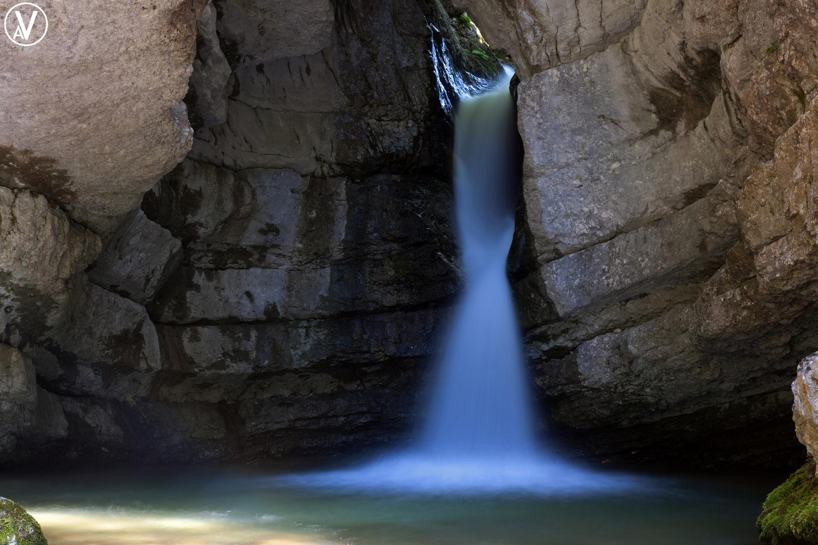 Cascatella nella Grotta
