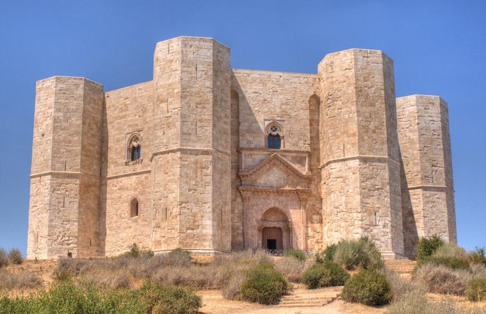 Castel Del Monte, in HDR