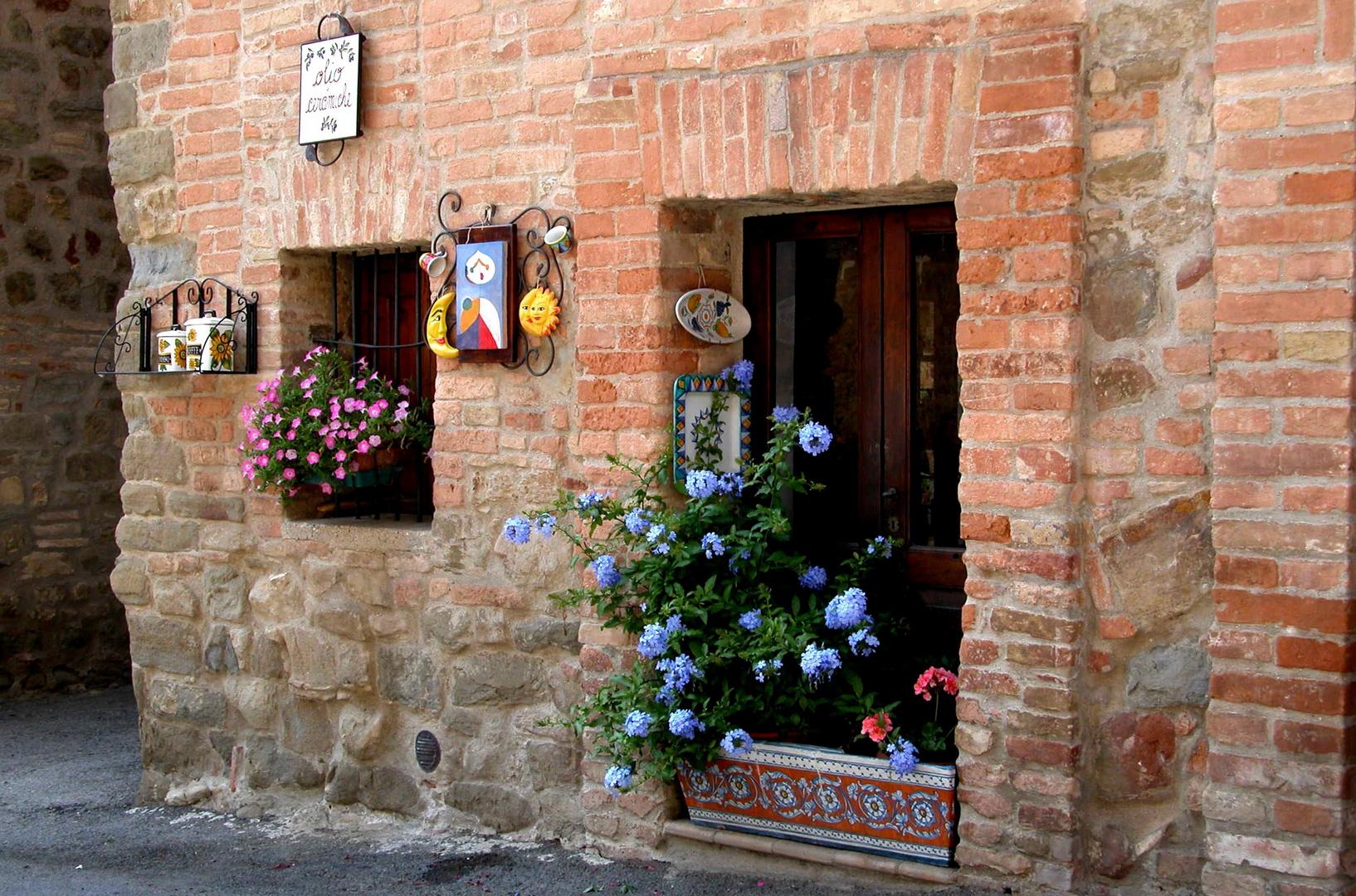 .... Castel Leone ... piccolo angolo....