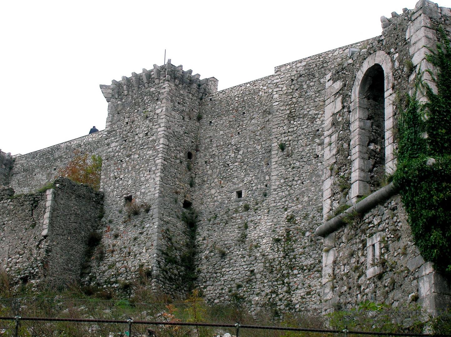 Castello / 2