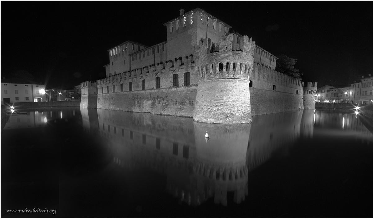 Castello di Fontanellato by night