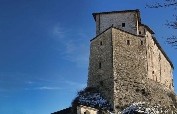 Klo fotos bilder auf fotocommunity for Castello di frontone