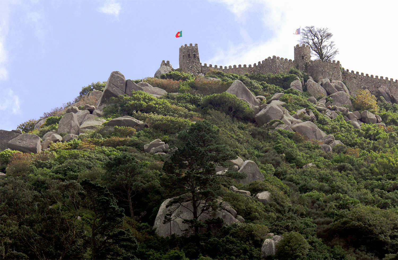 """Castelo dos Mouros – alte Burgruine der Mauren, Sintra"""