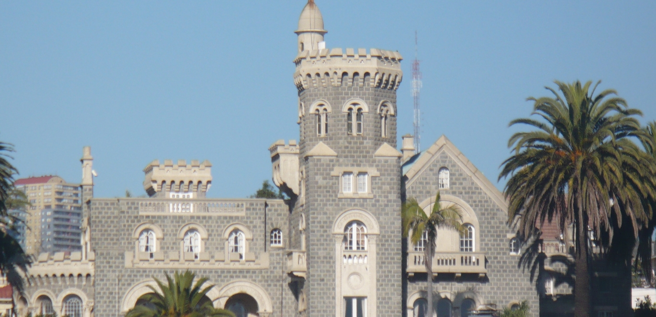 Castillo Brunett