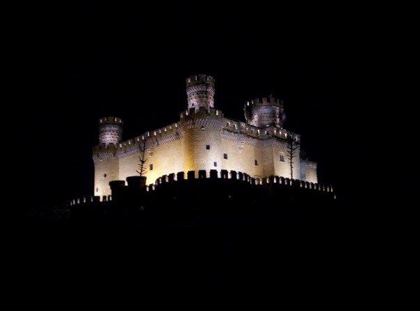 Castillo de Manzanares el Real, Noche