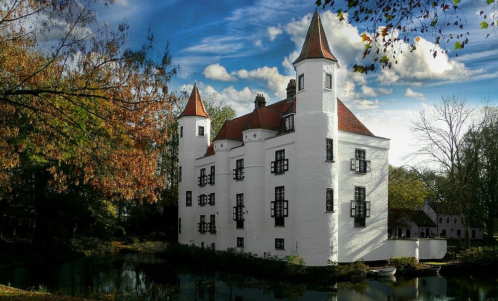 Castle 'Ter Leyen' at Boekhoute (Belgium)