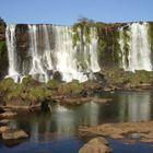 Cataratas do Iguaçu , uma Beleza Singular .