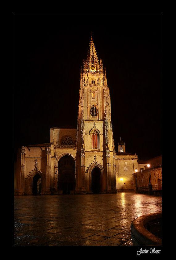 CATEDRAL DE OVIEDO.( Proyecto Nocturnas)
