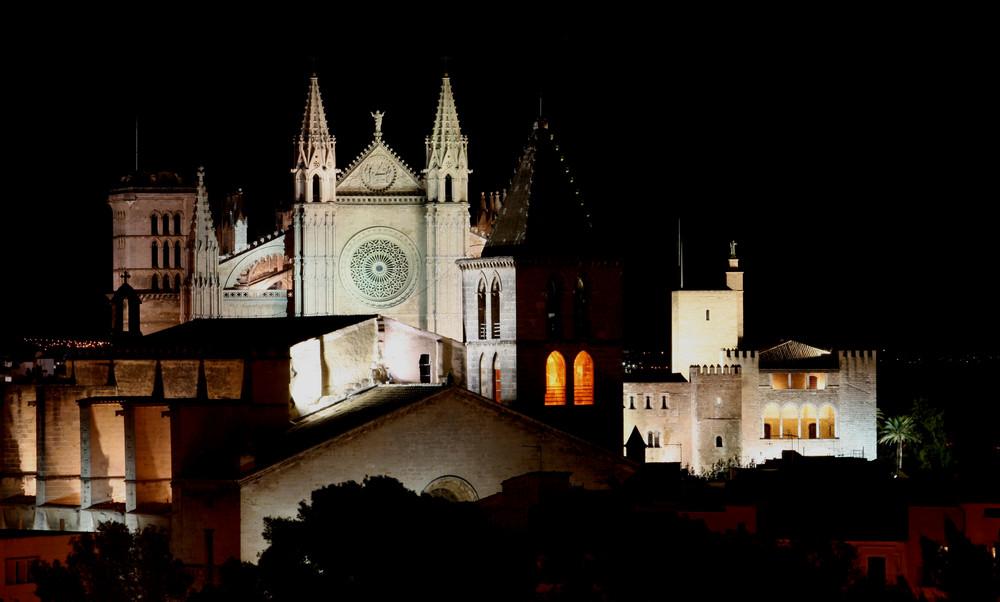 Catedral de Palma, Almudaina y Iglesia de Santa Creu