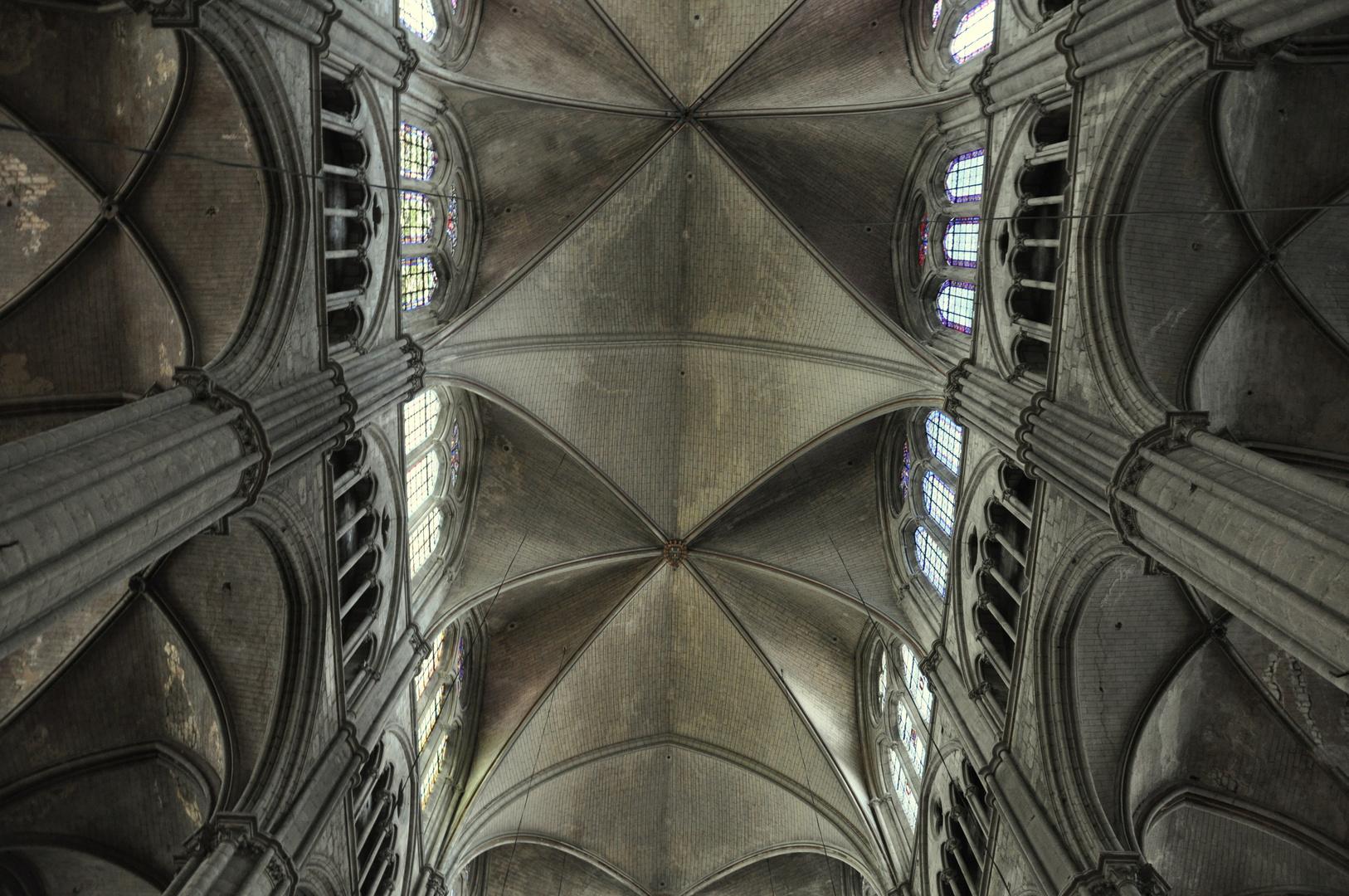 cathédrale saint-etienne de bourges photo et image | architecture d