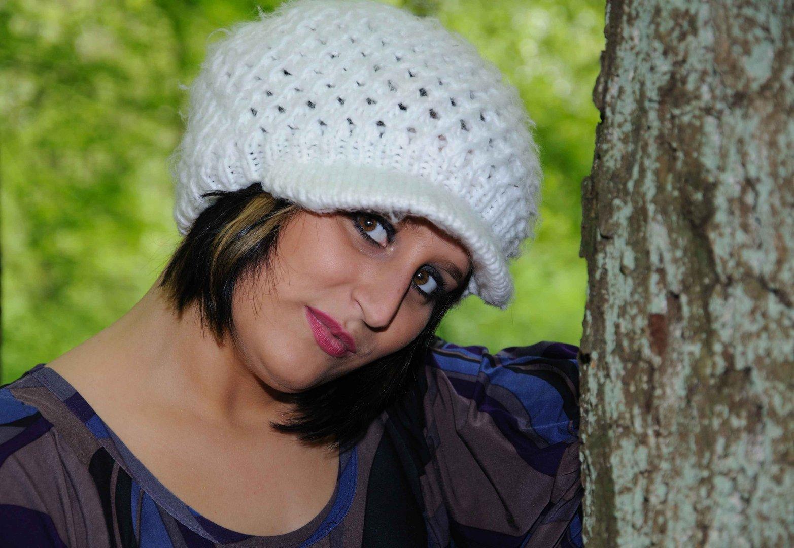 Cathy im Wald