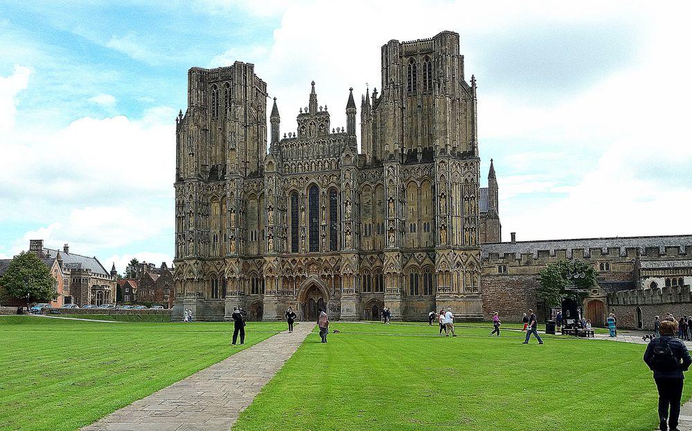 Cattedrale di Wells...campagna inglese della contea di Somerset