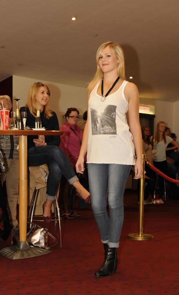 Catwalk 15