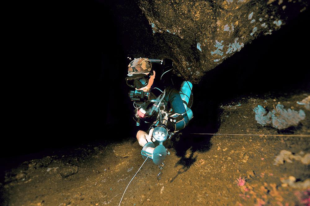 cave diving - Höhlentauchen