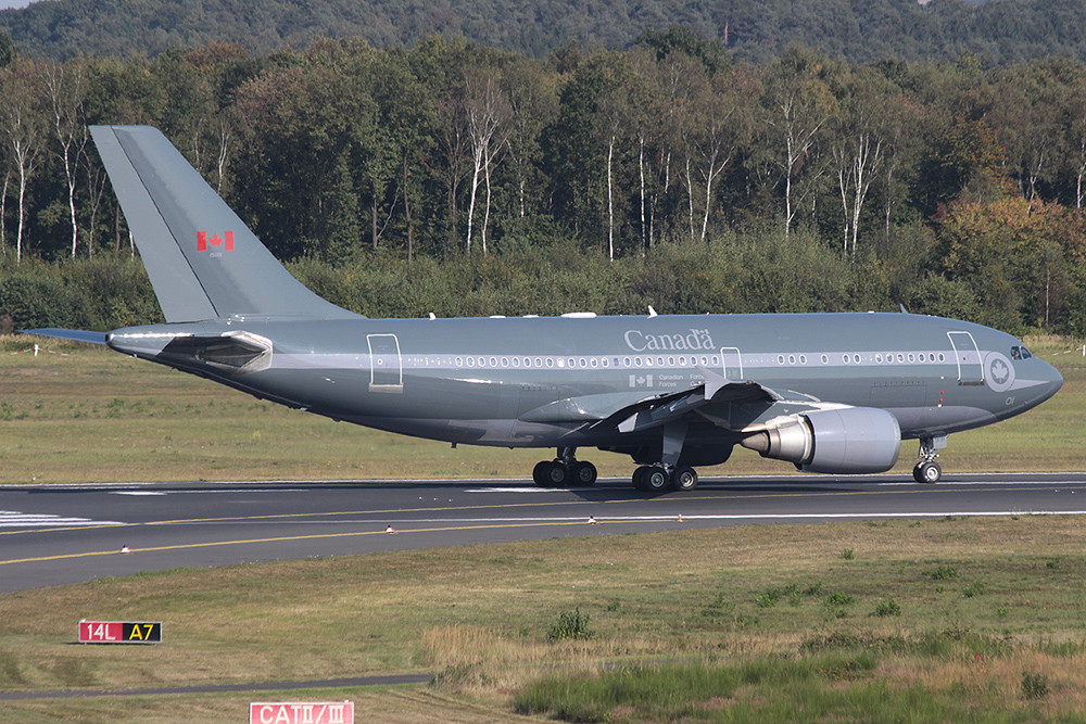 CC-150 Polaris Canada Air Force 15001²