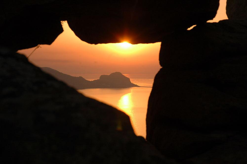 cefalù al tramonto