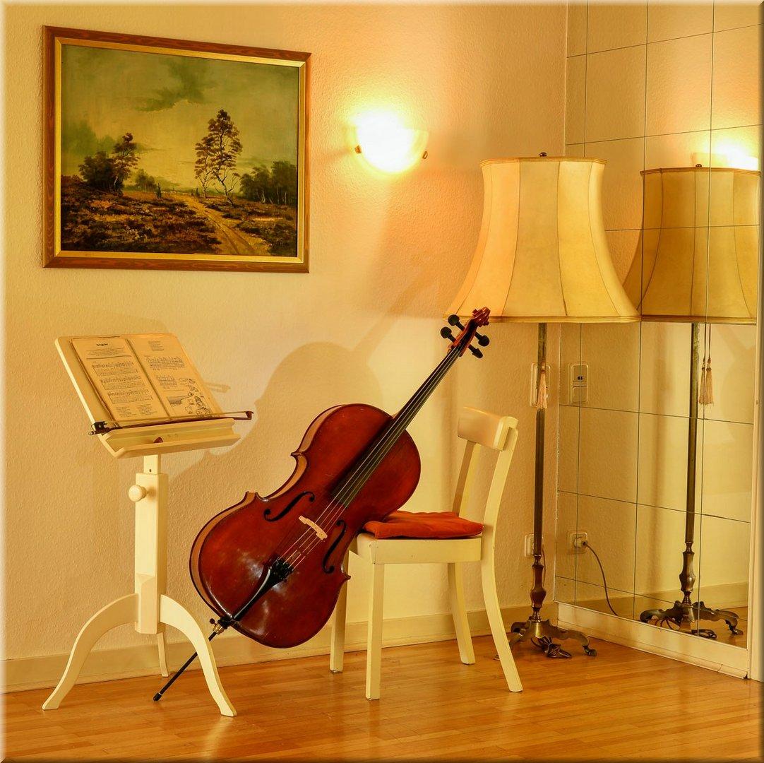 - Cello -