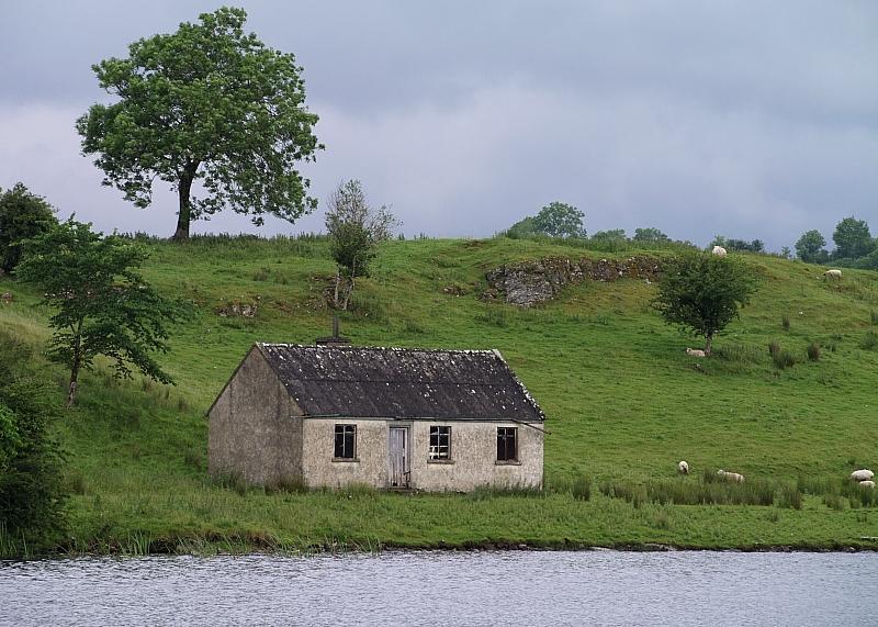 celtic cottage foto bild landschaft cker felder wiesen natur bilder auf fotocommunity. Black Bedroom Furniture Sets. Home Design Ideas
