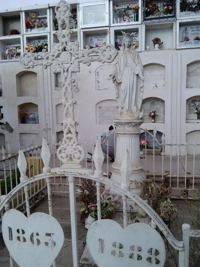 Cementerio photo3