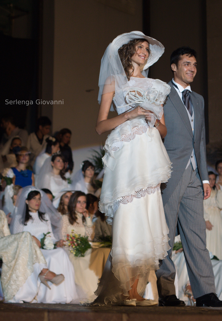 """""""C'era una volta e c'è ancora"""" – Sfilata di abiti da sposa"""