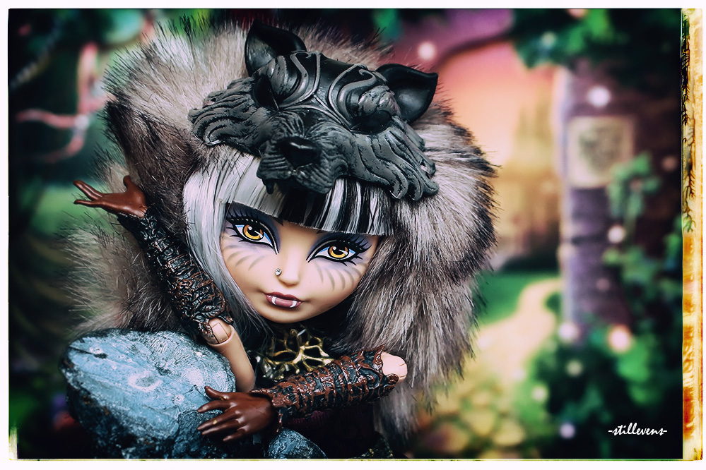 cerise hood san diego comic con doll 2014