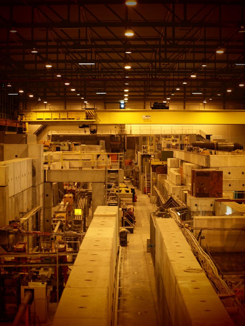 CERN - Area H4 (III)