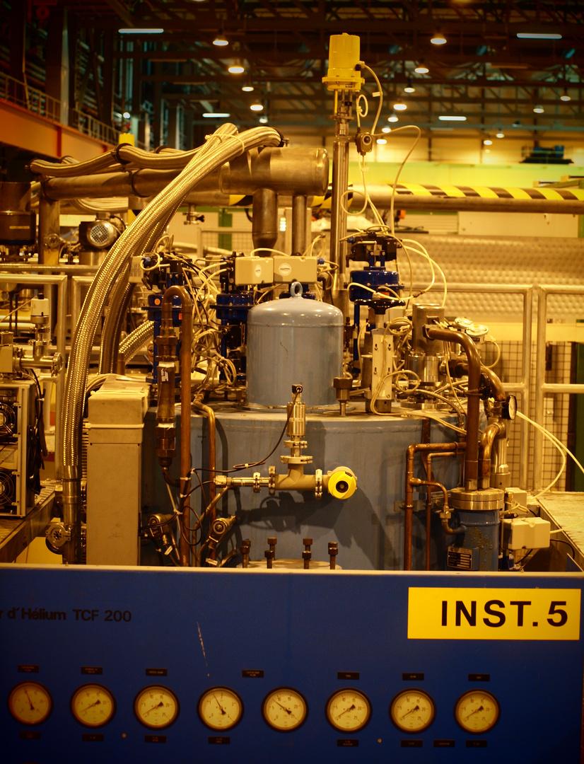 CERN - HeliumKryostat