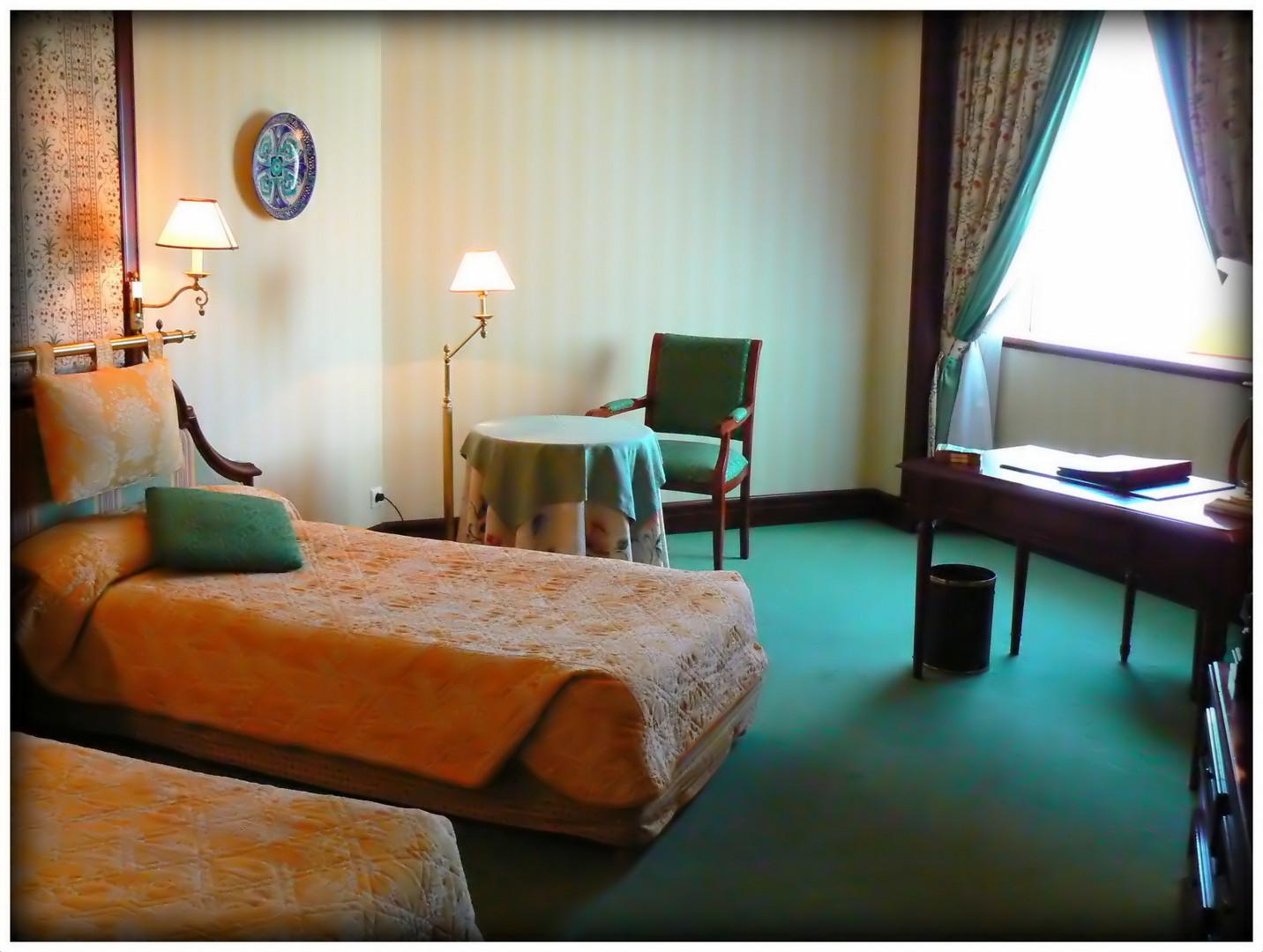 CHAMBRE - d ' HOTEL - OUZBECK