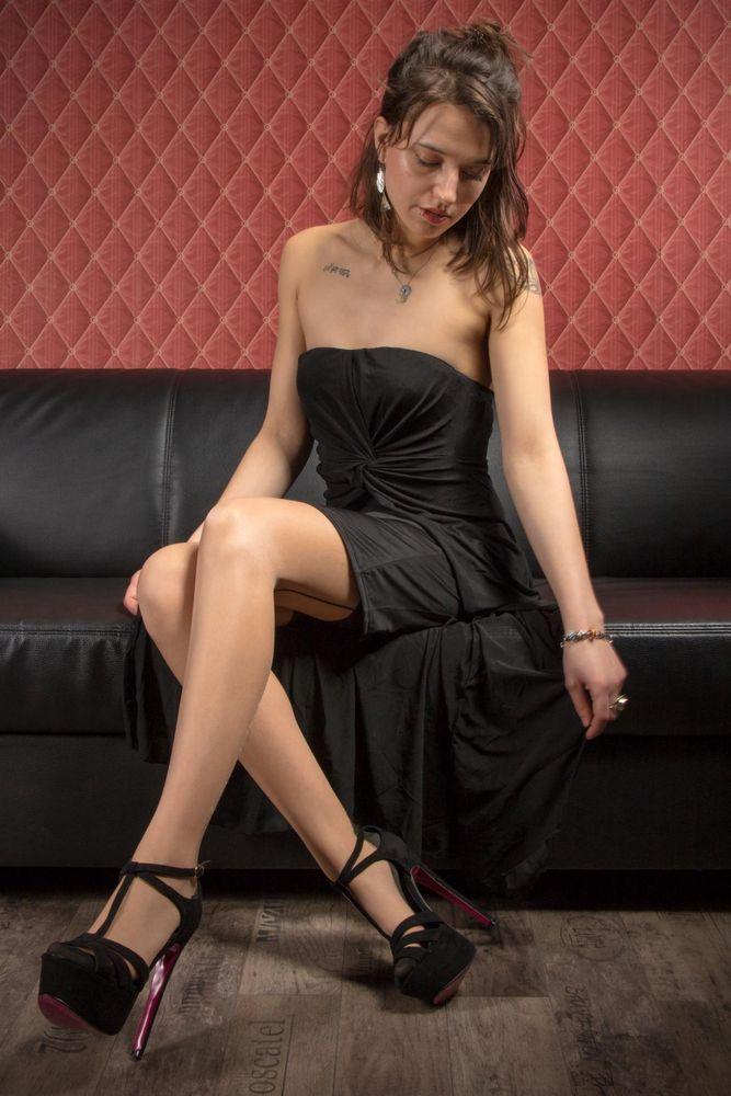 Chantal - Couch 1 Foto & Bild | erwachsene, chantal, sexy