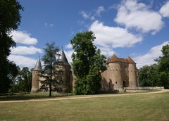 Chateau d' Ainay le Viel