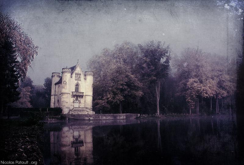 Chateau de la Reine Blanche aux Etangs de Commelles