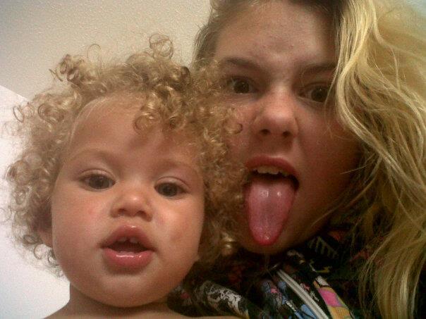 Chaya with her big sister Liliana