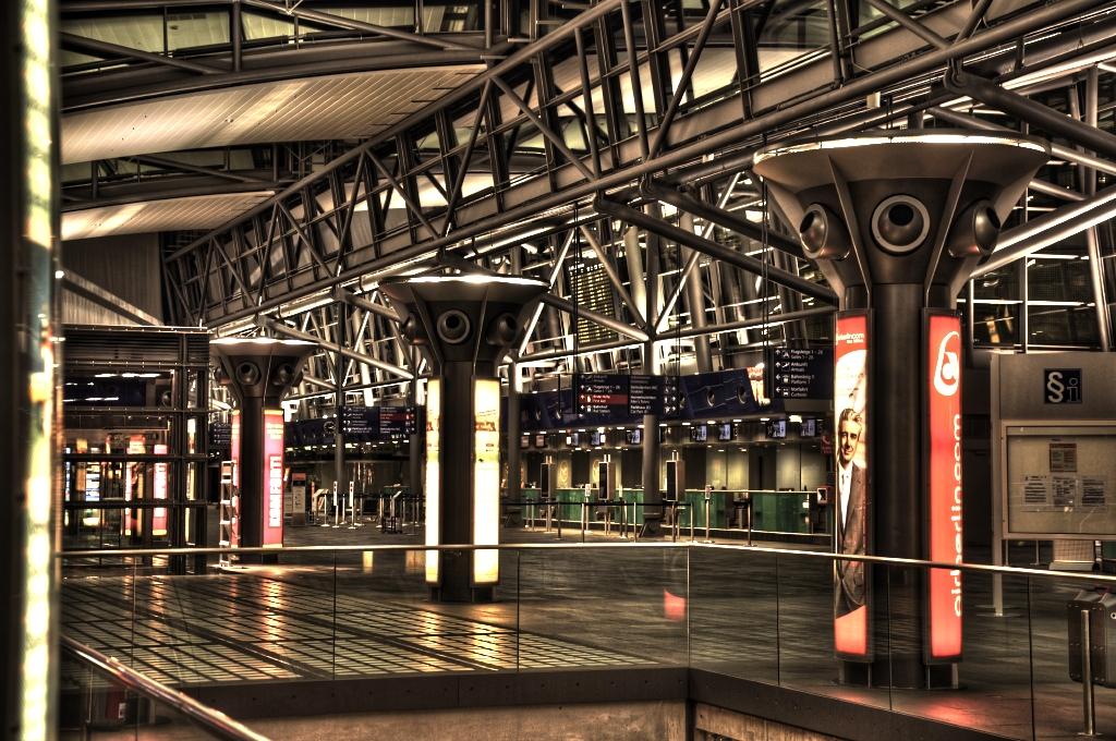 Check-in-Bereich Flughafen Leipzig