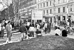 ...Checkpoint Charlie im Februar 1990