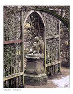 Cherubs in a Frosty Garden (F11 for best viewing)