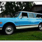 Chevrolet Suburban C 10 Custom Deluxe