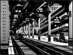 """Chicago """"L"""" - commemoration of a massacre"""